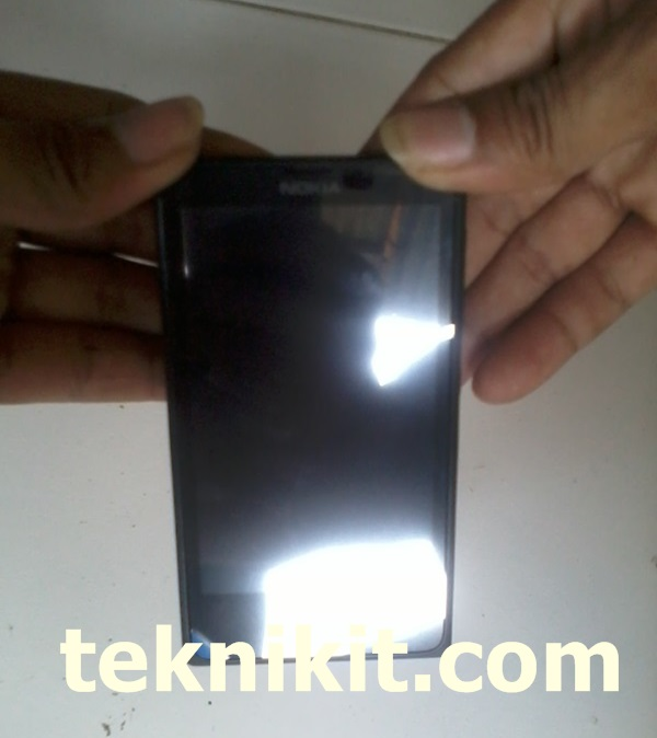 Cara Buka Casing Nokia X