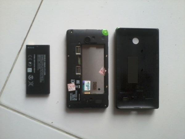 Casing dan Baterai Nokia X