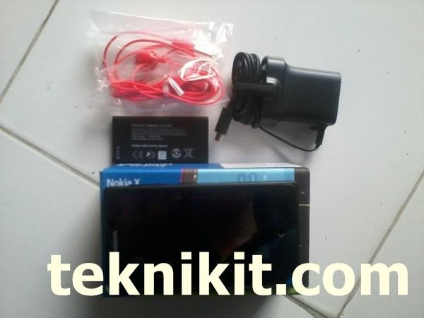 Isi Box Paket Penjualan Nokia X