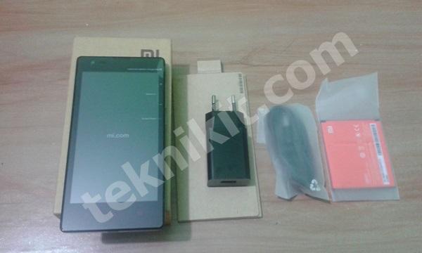 Isi Paket Xiaomi Redmi 1s