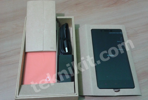 Isi Box Xiaomi Redmi Note