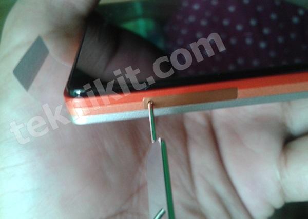 Cara Membuka Slot SIM Card Lenovo Vibe X2