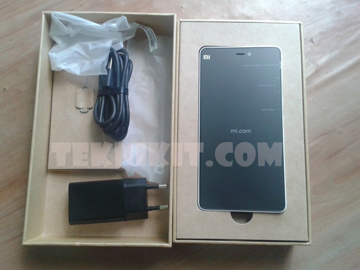 Unboxing Xiaomi Mi 4i