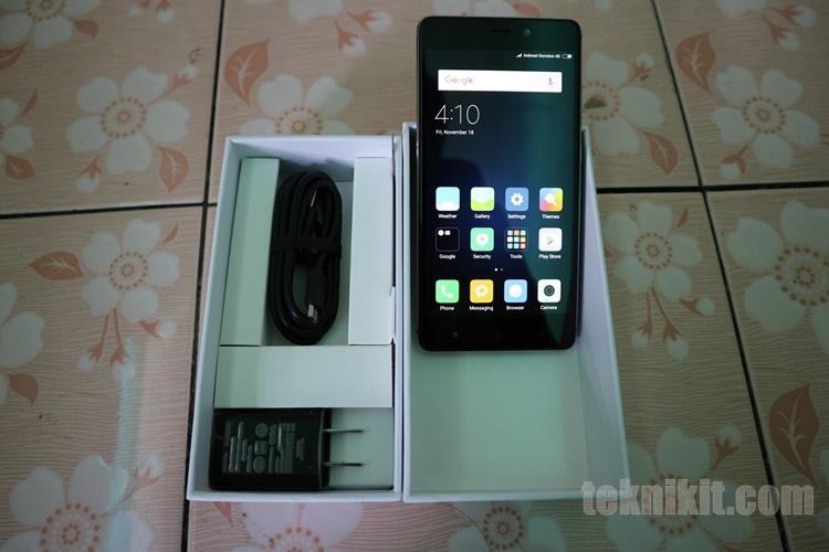 Unboxing Xiaomi Redmi 4 Prime
