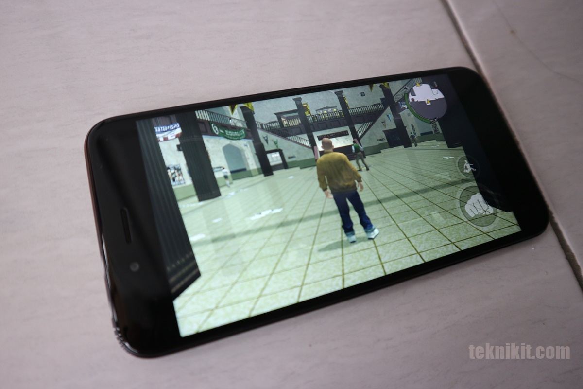 Game Bully di Mi A1 Sangat Lancar