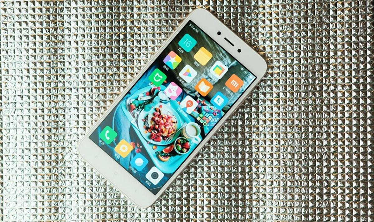 Unboxing Xiaomi Redmi 5A 2